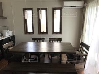 テーブルの写真・画像素材[585733]