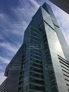 背の高い建物の写真・画像素材[1864703]