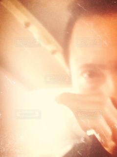 目,思い出,セピア,眼,手はギブス