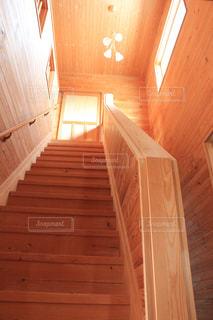 マイホーム,階段,木目,wood,生木,stairs