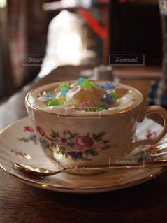 カフェ,コーヒー,大阪,カフェラテ,ラテアート,喫茶店,中崎町,アラビク