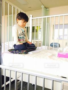 子供,緊張,病院,入院,医療,手術,検査,ベット