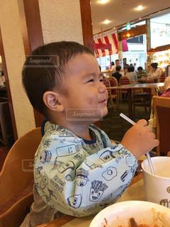 子供,幸せ,ご飯,美味しい,1歳