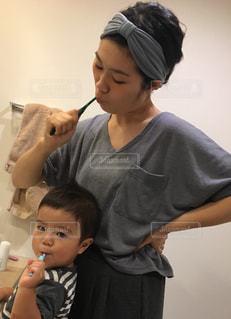 可愛い,2歳,洗面所,歯磨き