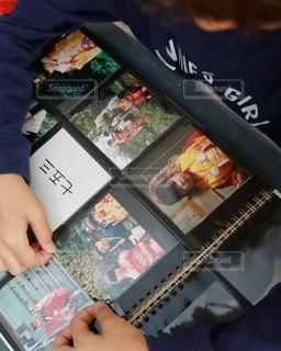 ゼットアンドケイのましかくアルバムで写真整理の写真・画像素材[2699450]