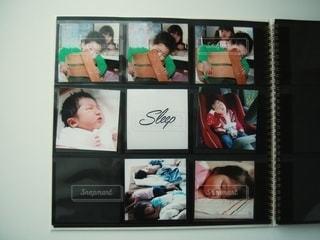ゼットアンドケイのましかくアルバムで子どもの写真整理の写真・画像素材[2699459]