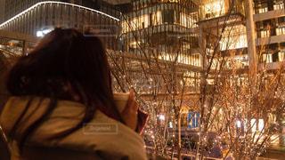 女性,1人,コーヒー,イルミネーション,アンバサダー,グランフロント大阪,シャンパンゴールド