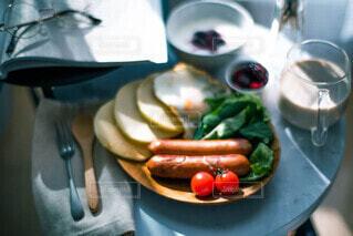 食べ物,朝食,テーブル,昼食,モーニング,ソーセージ,ブランチ,プレート,おかずパンケーキ,ジョンソンヴィル