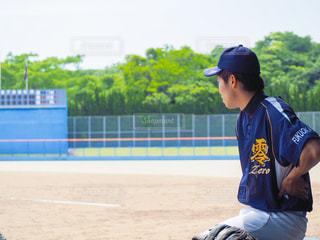 野球の試合で男の写真・画像素材[1538122]