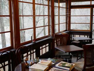 軽井沢の古民家カフェでの冬景色の写真・画像素材[917184]