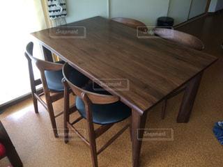 ダイニングテーブルの写真・画像素材[603460]