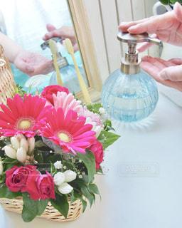 花,ピンク,花束,手,ハンドソープ,洗面所,手洗い,洗面台