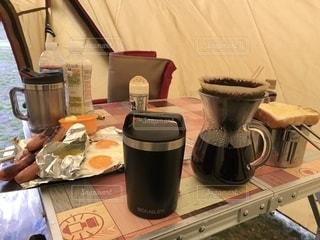 キャンプ朝食の写真・画像素材[2482063]