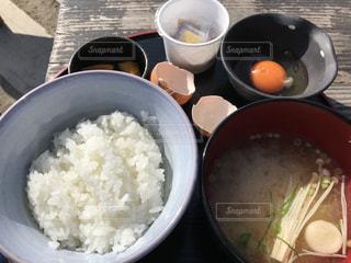 富士山を見ながら朝食の写真・画像素材[2482890]