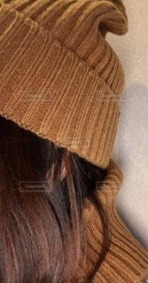 帽子をかぶった女性のクローズアップの写真・画像素材[2698676]