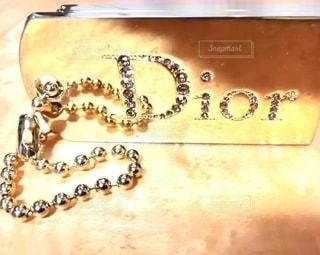 口紅,石,美容,リップ,コスメ,リップグロス,化粧品,ゴールド,ディオール,ストーン,輝き,GOLD,スパークリング,チェーン,リップパレット