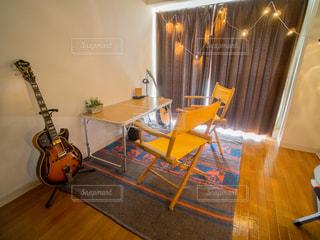 インテリア,室内,ギター,DIY,観葉植物