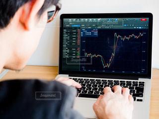 株価 チャート 投資の写真・画像素材[1099398]