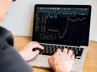 株価 チャート 投資の写真・画像素材[1099496]