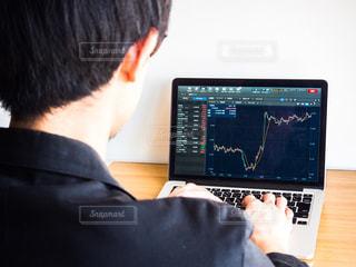 株価 チャート 投資の写真・画像素材[1099517]