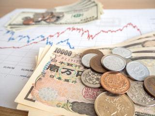 株価 チャート 投資の写真・画像素材[1099637]