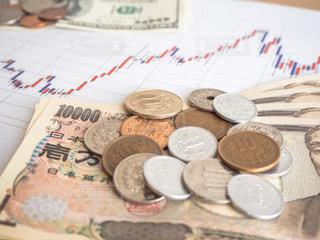 株価 チャート 投資の写真・画像素材[1100047]