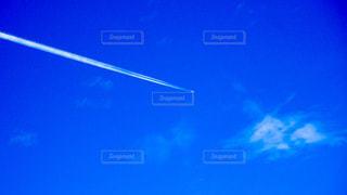 飛行機雲の写真・画像素材[1116792]