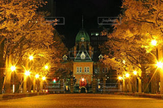 夜の街の景色の写真・画像素材[914313]