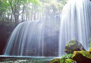 鍋ヶ滝の写真・画像素材[1180590]