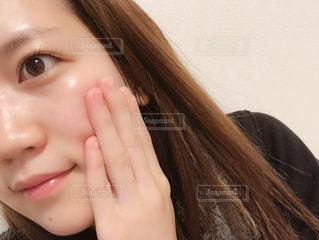 パーツ,丸顔,スキンケア,ツヤツヤ,肌,スッピン,ツヤ肌,茶色い目