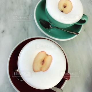 カフェ,マグカップ,りんご,韓国,ミルク,ソウル,ソウル駅,AVEC EL,アベクエル,りんごラテ