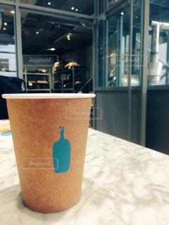 カフェ,くつろぐ,最高,気持ちいい,色合い,ブルーボトル,雰囲気◯