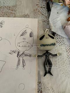 ペン,紙,おえかき,4歳児,おうち時間