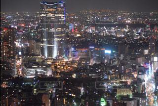 夜の街の景色の写真・画像素材[1682592]