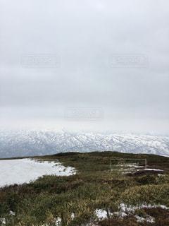 春山、残雪。の写真・画像素材[766836]