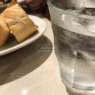透明,水滴,ガラス,コップ,水玉,雫,しずく,バゲット