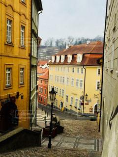 チェコ プラハ かわいらしい街並♪の写真・画像素材[829474]