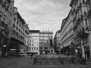 オーストリア ウィーン。朝の街並♪の写真・画像素材[838509]
