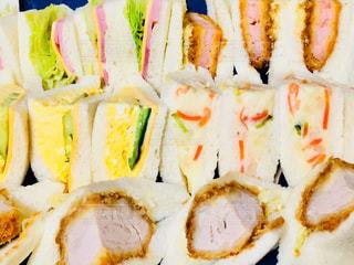 食欲そそるサンドイッチ♪の写真・画像素材[894932]