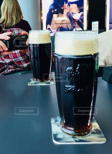 ビールの本場チェコでの黒ビール♪の写真・画像素材[934032]