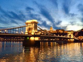 ハンガリー ブダペストの夕焼け時♪の写真・画像素材[956797]
