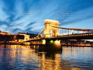 世界遺産の街、ブダペストのドナウ川沿い♪の写真・画像素材[962441]