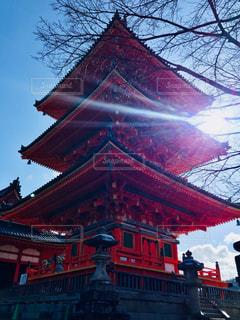 空,建物,清水寺,木,屋外,国内,京都,太陽,階段,赤,青空,光,樹木,塔,旅行,寺,関西,国内旅行,三重塔