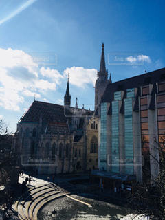 ハンガリー ブダペストのマーチャーシュ聖堂♪の写真・画像素材[1022048]