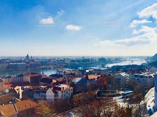 ハンガリー ブダペスト。漁夫の砦からの街並♪の写真・画像素材[1025996]