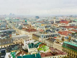 オーストリア ウィーン。シュテファン大聖堂からの街並♪の写真・画像素材[1027164]