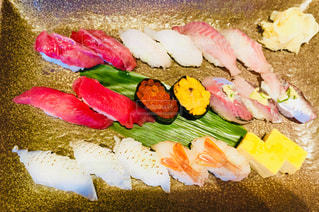 お寿司の俯瞰ショット♪の写真・画像素材[1058594]