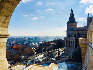 ハンガリー ブダペスト。漁夫の砦からの青空♪の写真・画像素材[1103733]
