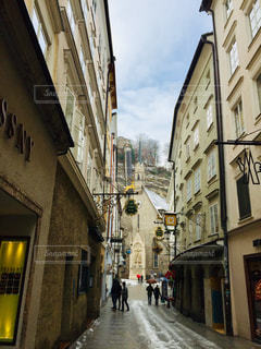 オーストリア ザルツブルクのゲトライデ通り♪の写真・画像素材[1790640]