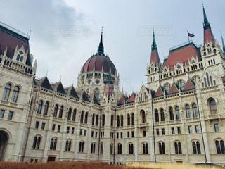 ハンガリー ブダペストの国会議事堂♪の写真・画像素材[1796667]